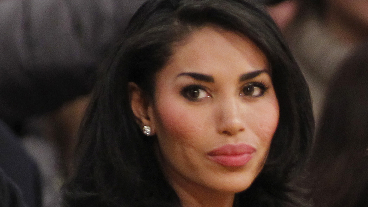 File - V. Stiviano watches the Clippers play the Los Angeles Lakers during an NBA preseason basketball game in Los Angeles on Monday, Dec. 19, 2010.