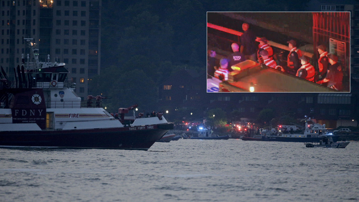 A body has been recovered from a small plane that went down in the Hudson River, Friday, May 27. The FAA says a World War II vintage P-47 Thunderbolt aircraft went down in the river 2 miles south of the George Washington Bridge.