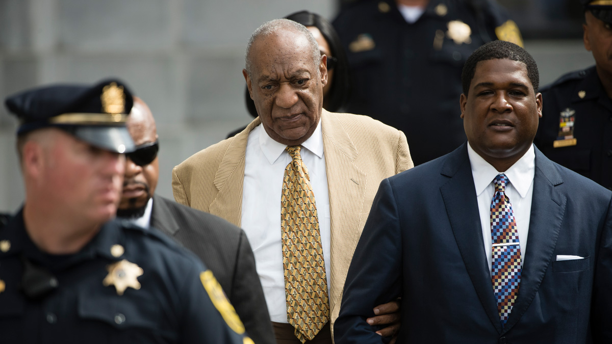 Bill Cosby leaves a pretrial hearing in his criminal sex-assault case at Montgomery County Courthouse in Norristown, Pa., Thursday, July 7, 2016. A Pennsylvania judge denied Cosby's effort to compel the accuser in his case to testify before trial.