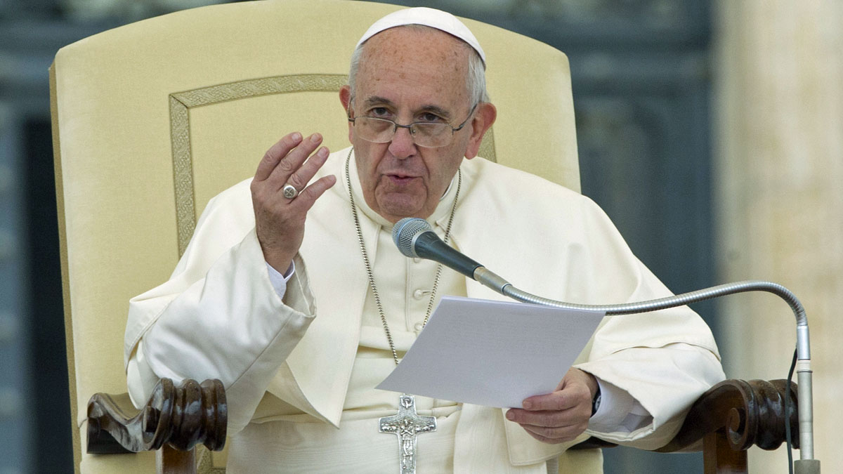 Pope Francis delivers his speech during his weekly general audience in St. Peter's Square at the Vatican, Wednesday, Sept. 2, 2015. (AP Photo/Alessandra Tarantino)