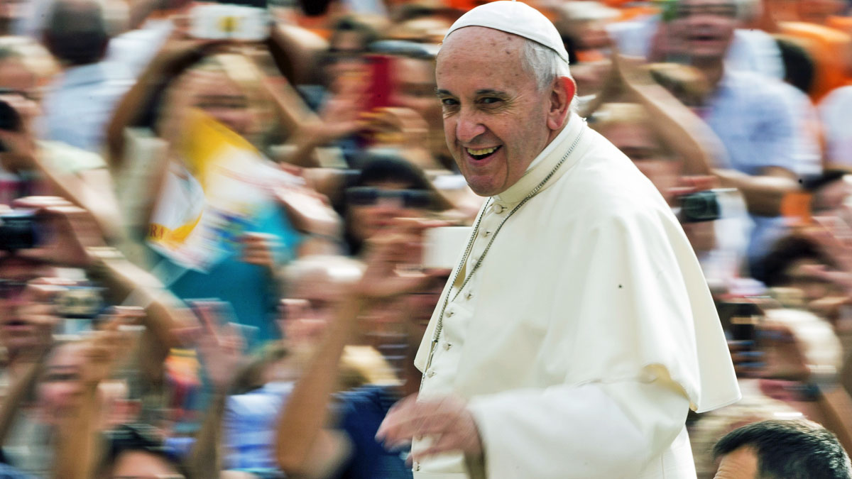 Pope Francis waves to faithful as he arrives for his weekly general audience in St. Peter's Square at the Vatican, Wednesday, Sept. 2, 2015. (AP Photo/Alessandra Tarantino)
