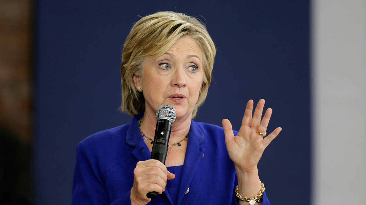 Democratic presidential candidate Hillary Rodham Clinton speaks during a community forum on healthcare, Tuesday, Sept. 22, 2015, at Moulton Elementary School in Des Moines, Iowa.