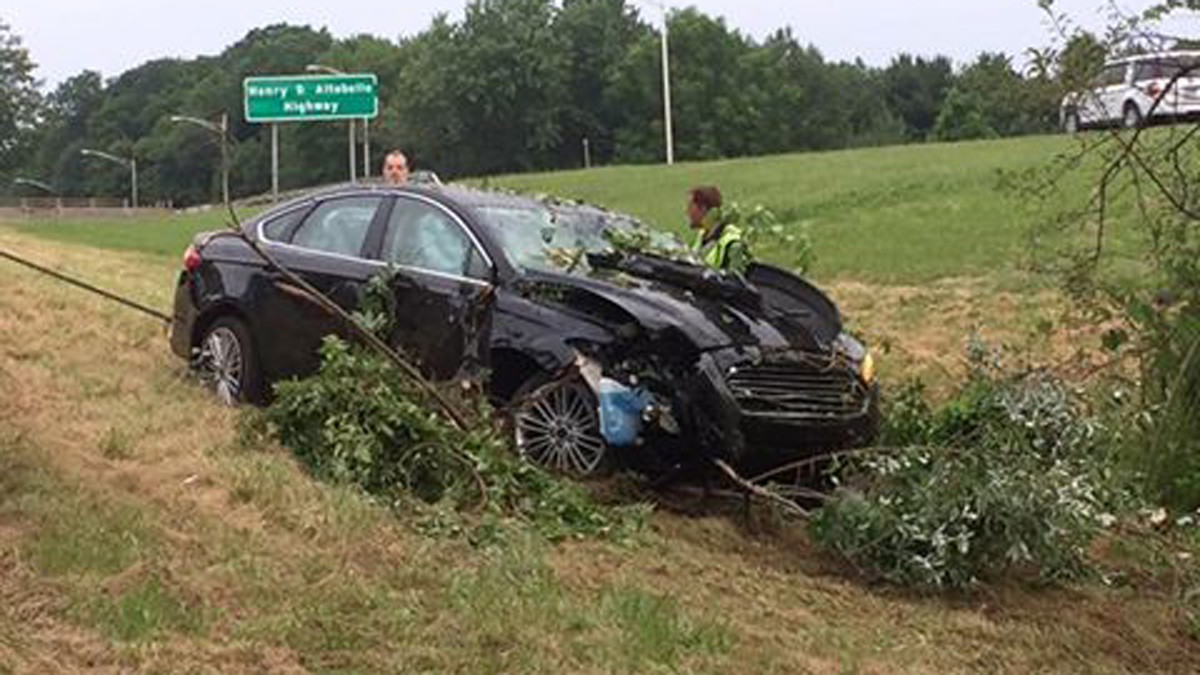 A car's emergency assistance notification system helped Connecticut State Police locate a disoriented driver after this crash off I-691 early Sunday morning.