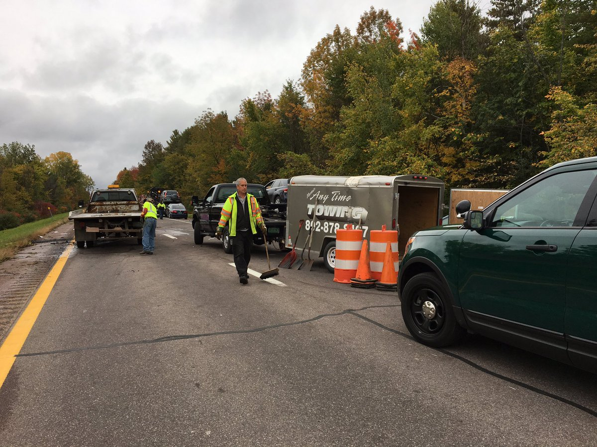 I-89 southbound in Williston, Vermont, was still closed at 8 a.m. the day after 5 people were killed in a crash and a police cruiser was stolen the night before.