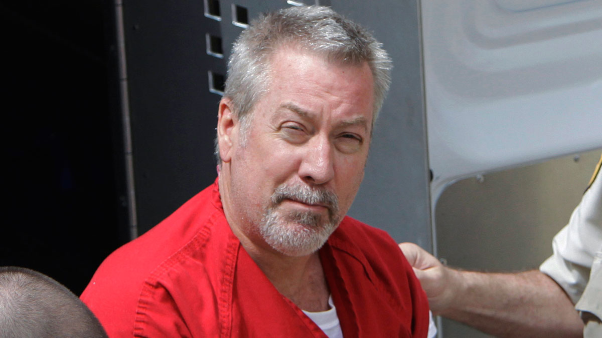 In this May 8, 2009 file photo, former Bolingbrook, Illinois, police officer Drew Peterson arrives for court in Joliet. Opening statements will get underway Monday, May 23, 2016, in Chester, Illinois, in the murder-for-hire trial of Peterson, who is accused of plotting to kill the prosecutor who put him behind bars in his third wife's death.