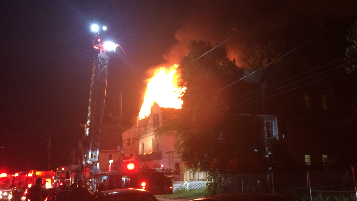 Flames at a vacant home on Garden Street in Hartford startled neighbors out of bed at 3 a.m. Saturday morning.