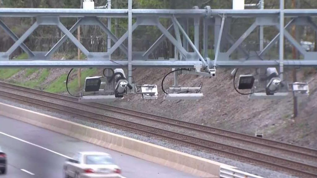 House Democrats Tell Lamont Tolling Cars is Off the Table