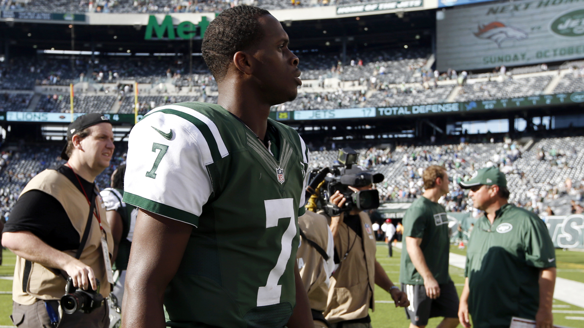 Jets quarterback Geno Smith walks off the field after an NFL football game against the Detroit Lions, Sunday, Sept. 28 in East Rutherford. The Lions won 24-17.