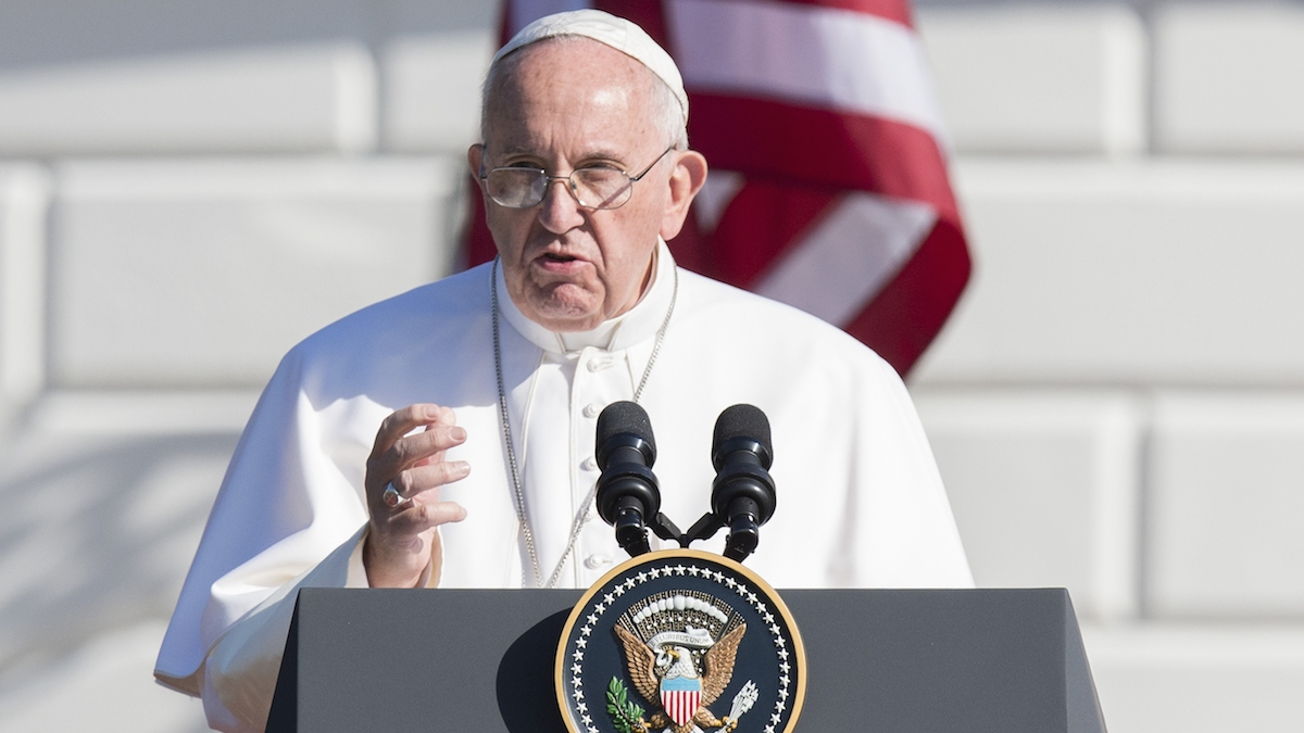 Pope Francis speaks during an arrival ceremony on the South Lawn of the White House in Washington, DC, September 23, 2015. More than 15,000 people packed the South Lawn for a full ceremonial welcome on Pope Francis' historic maiden visit to the United States.
