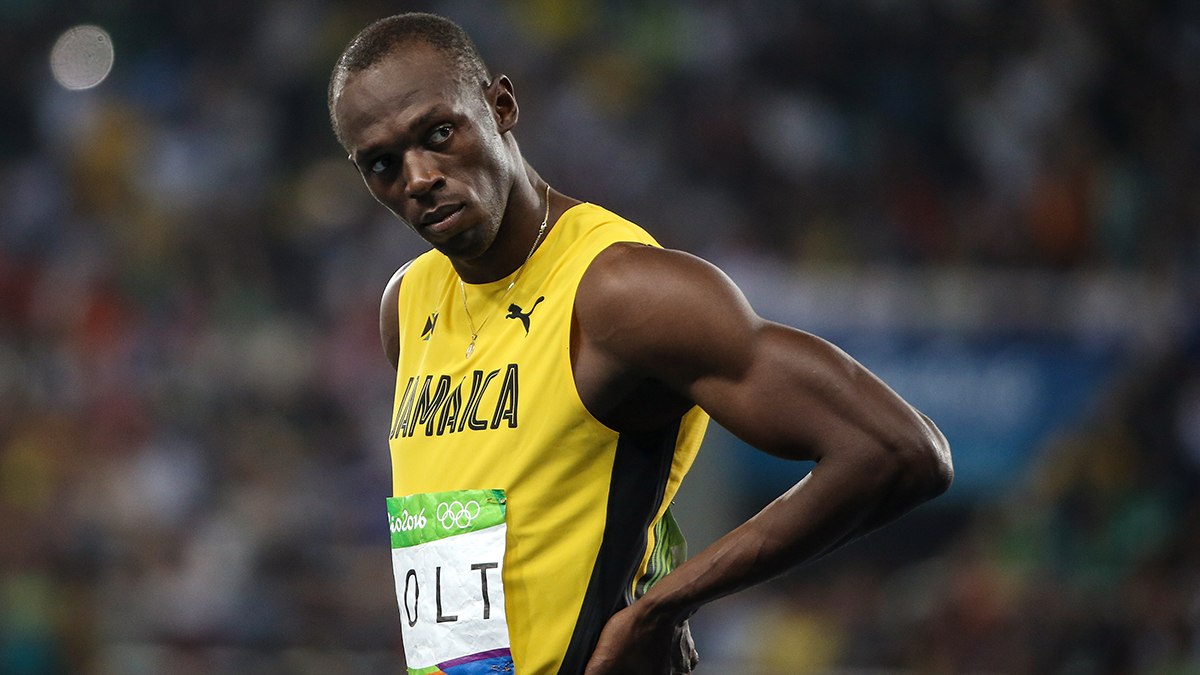 RIO DE JANEIRO, BRAZIL - AUGUST 17, 2016: Jamaica's Usain Bolt prepares to compete in a men's 200m semifinal of the Athletic, Track and Field events at the Rio 2016 Summer Olympic Games, at the Olympic Stadium. Valery Sharifulin/TASS (Photo by Valery Sharifulin\TASS via Getty Images)