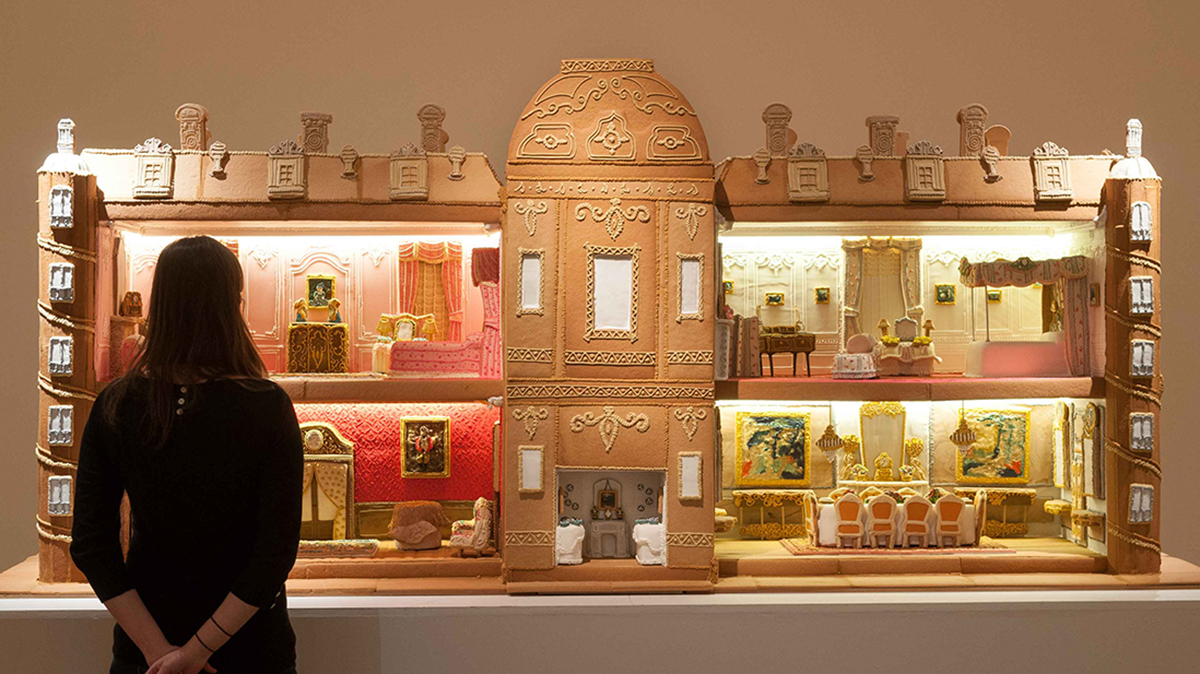 London cookie boutique Biscuiteers took 500 hours, 65 pounds of butter and sugar, 240 eggs and 475 pounds of icing to reproduce the Waddesdon Manor in gingerbread.