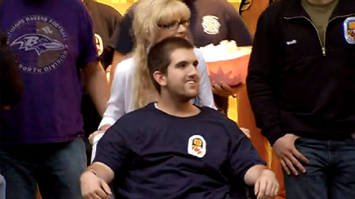 Kevin Swain smiled and waved as he was released from the hospital Saturday night.