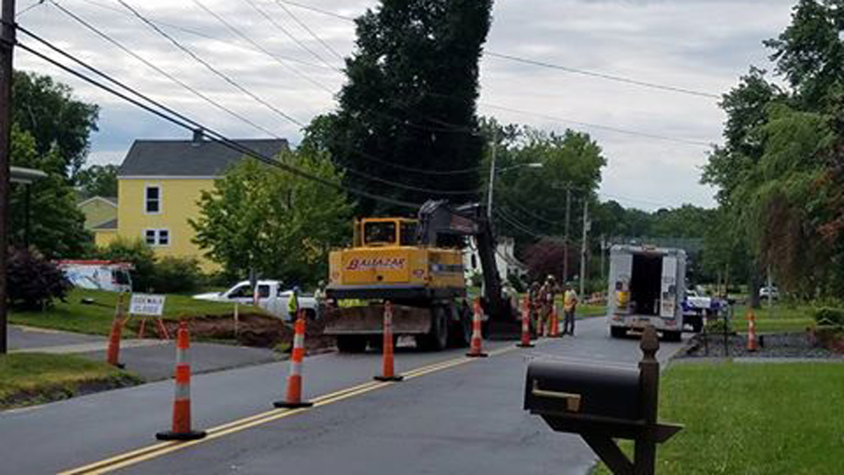 A gas leak was reported near 410 Middletown Avenue in Wethersfield Tuesday.