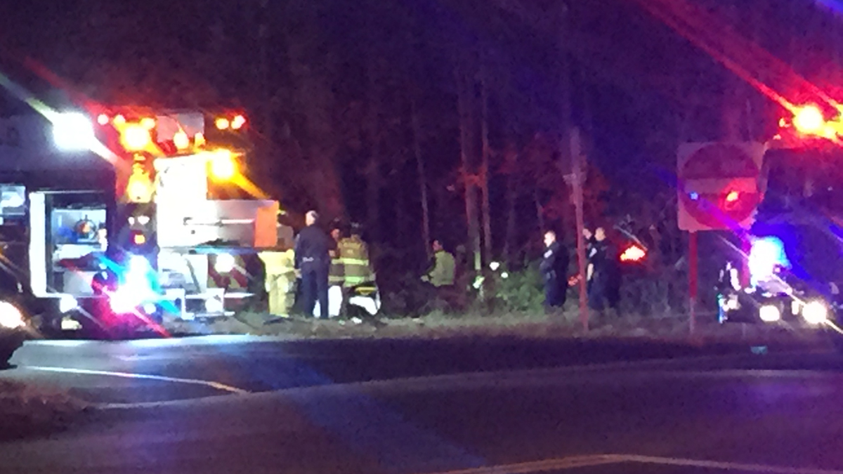 A one-car crash closed the exit 20 off ramp on I-91 north in Middletown Wednesday morning.