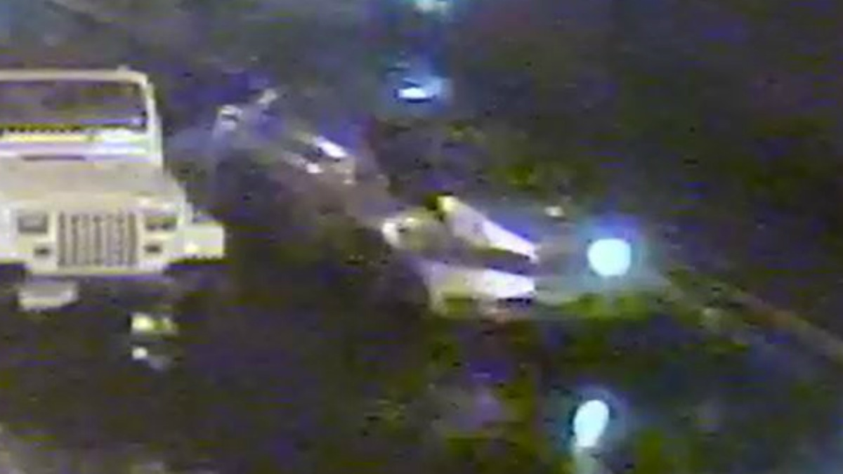 Police are looking for a car that left the scene of a crash in Middletown.