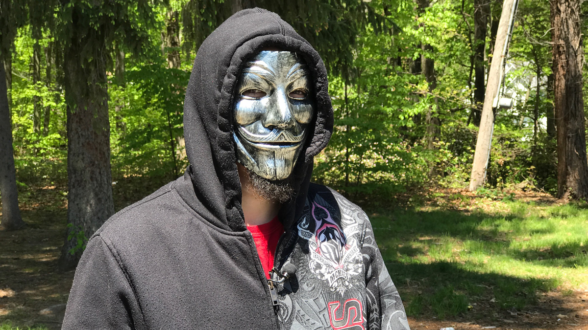 Wearing a mask and only wanting to be called