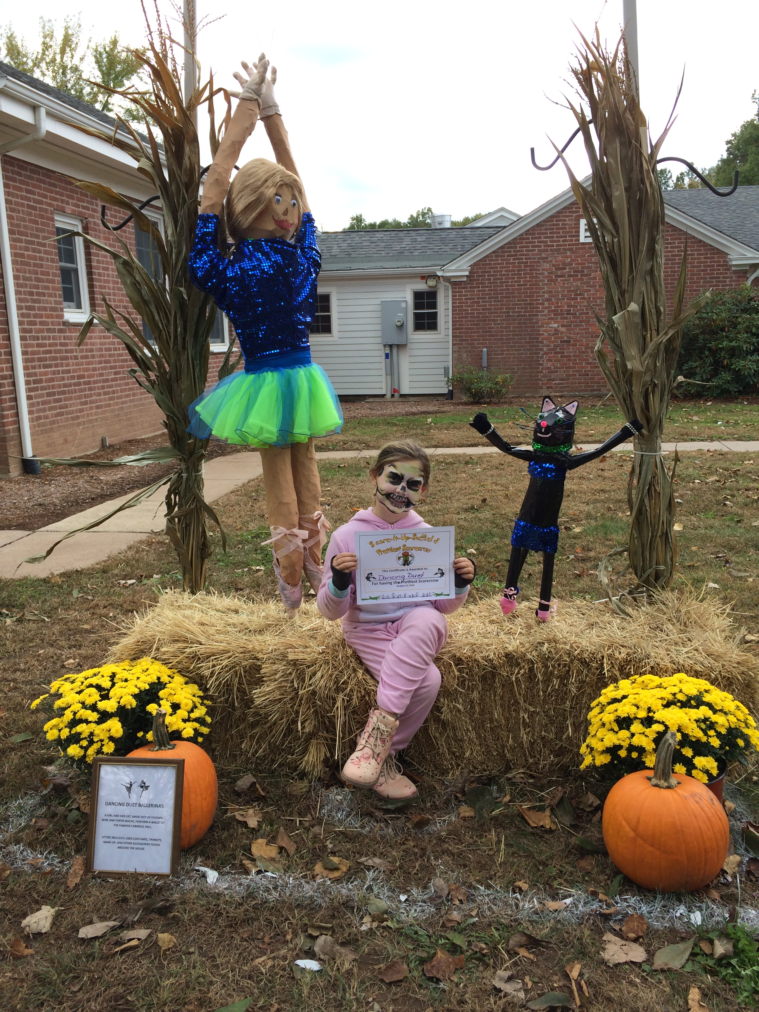 A duet of dancing scarecrows won the Prettiest Scarecrow Award at the Suffield Scarecrow Contest on Saturday. NBC Connecticut's Alessandra Martinez was the emcee for the event, which was part of