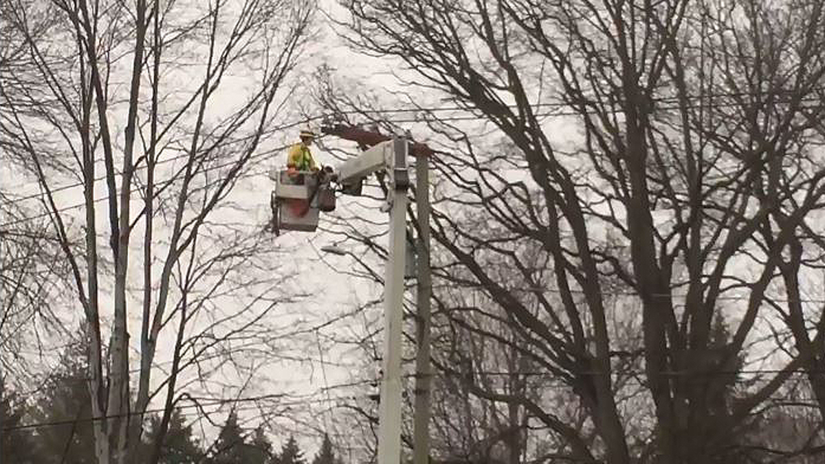 A transformer failure knocked out power to hundreds of people in Southington Monday morning.