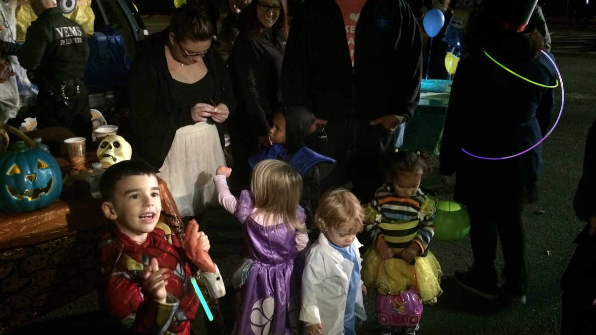 Trick or treaters at Seymour Trunk or Treat event Saturday