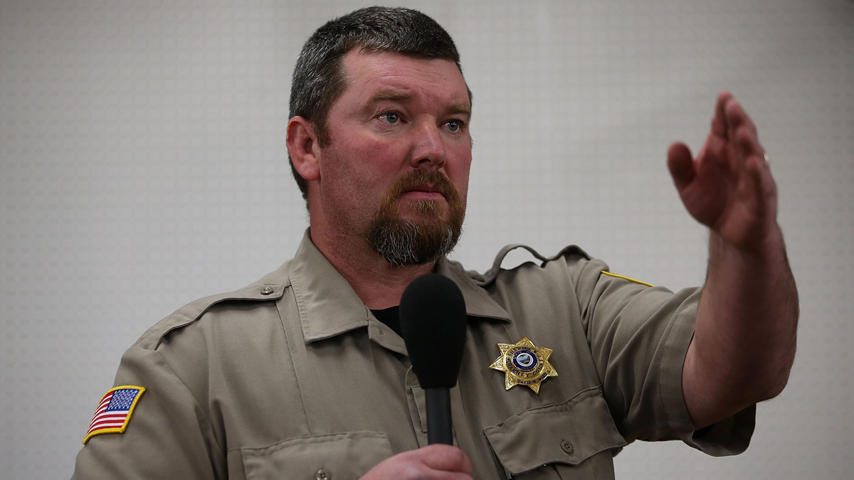 Harney County Sheriff David Ward speaks during a community meeting at the Harney County fairground on January 6, 2016 in Burns, Oregon.