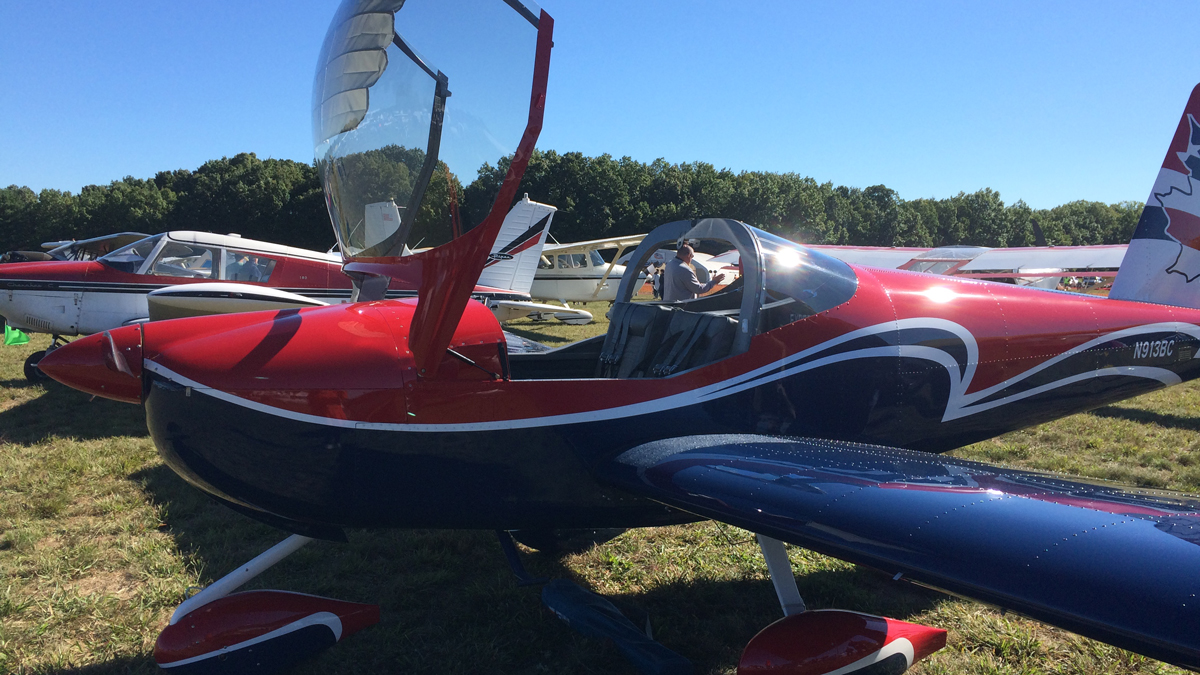 Planes on display at the annual Simsbury Fly-In