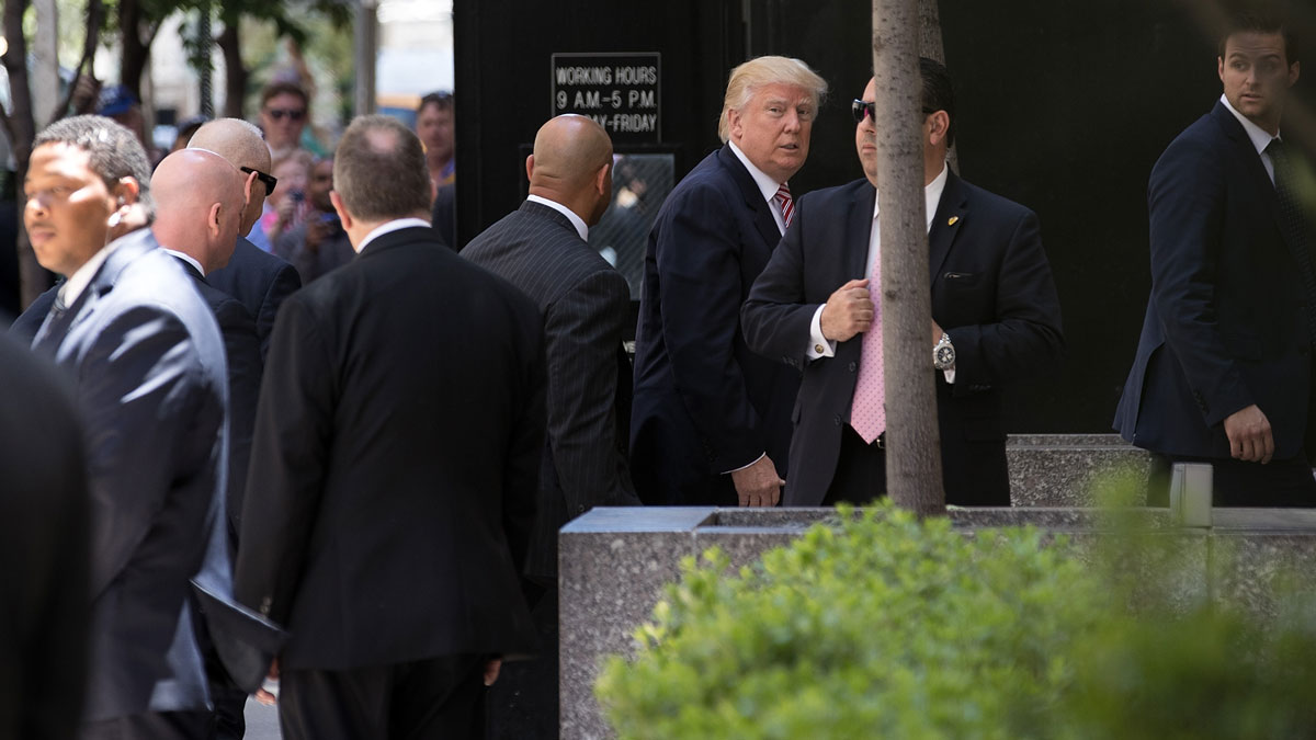 Republican presidential candidate Donald Trump arrives at the Four Seasons Hotel for a meeting with Republican donors, June 9, 2016 in New York City. Trump previously stated he planned to raise one billion dollars for his campaign, but has since pulled back on his fundraising goal.