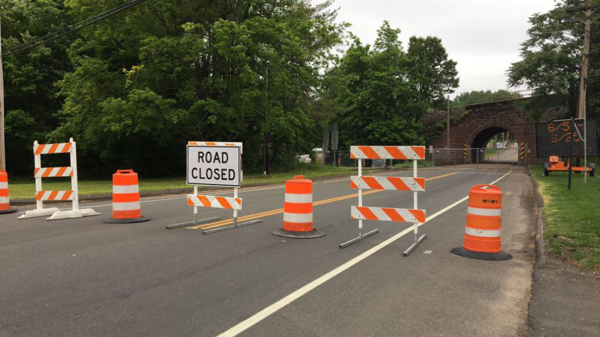 The Route 150 (Quinnipiac Street) Bridge, between Main Street and South Broad Street, will be closed to traffic beginning June 5 at 7 a.m. and continue through Sunday, June 25 at 7 a.m.