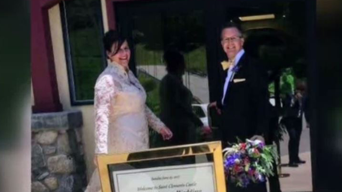 Jessica and David Knapp were married at St. Clements Castle and Marina Sunday. During the wedding reception, the venue caught fire.