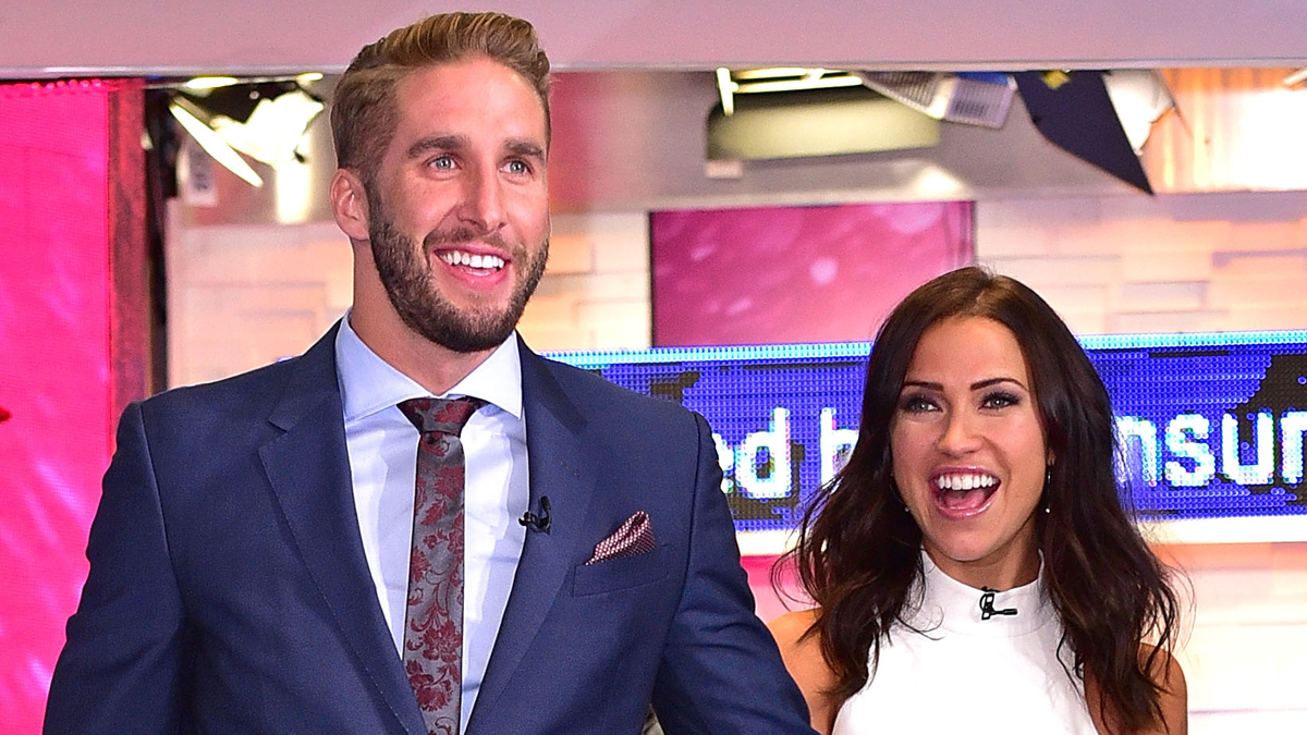 NEW YORK, NY - JULY 28:  Shawn Booth and Kaitlyn Bristowe visit ABC's