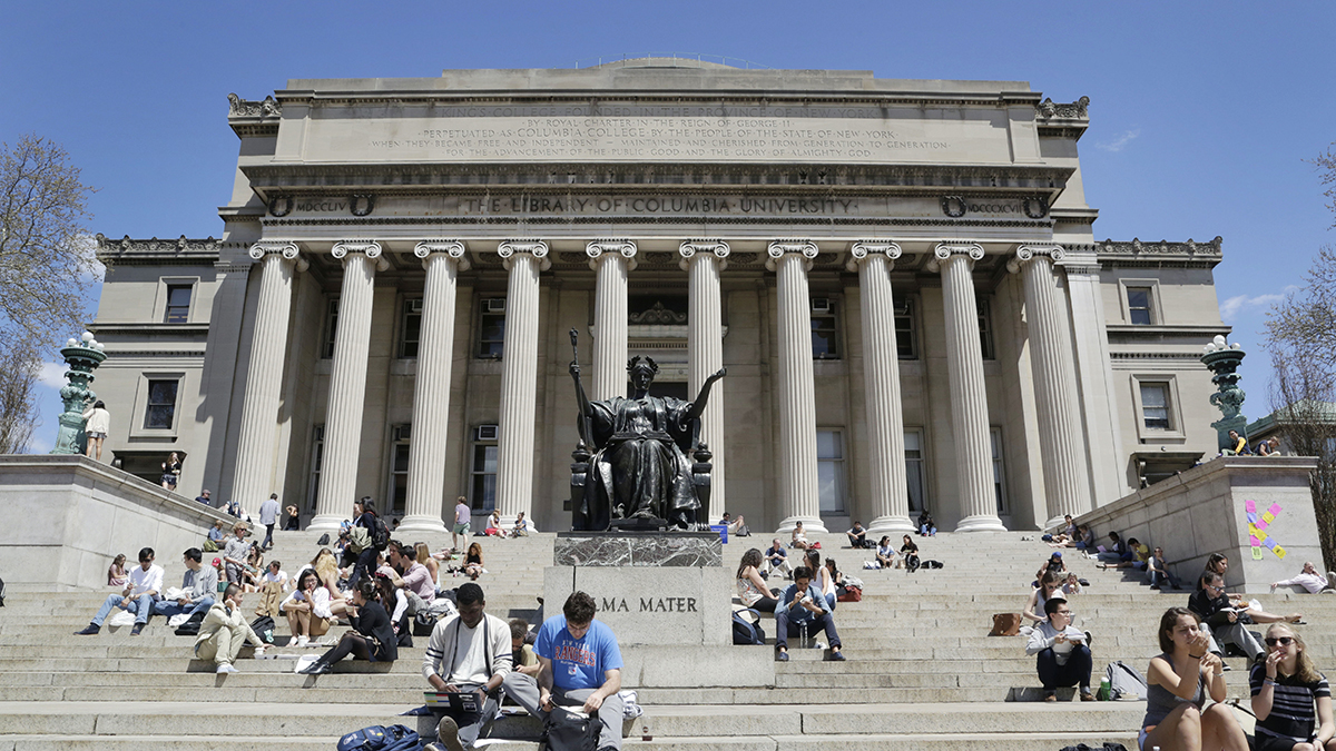 Columbia Univ. Exec Took Kickbacks in Financial Aid Scheme: Docs