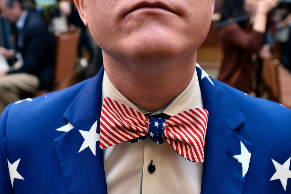 An undecided voter displays his patriotism during the Nevada caucus at Caesar's Palace in Las Vegas, Nevada on February 20, 2016.