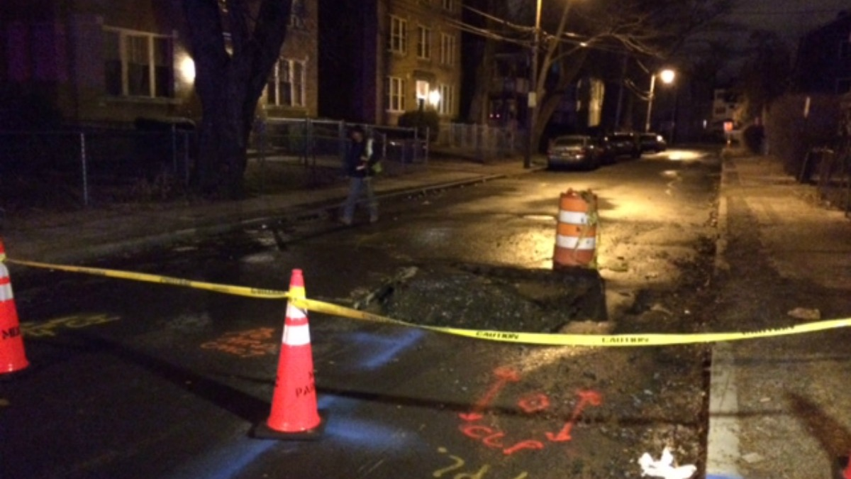 A water main break caused a small sink hole in Hartford Sunday morning.