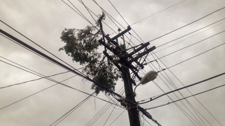 Power is out for thousands in New Haven.