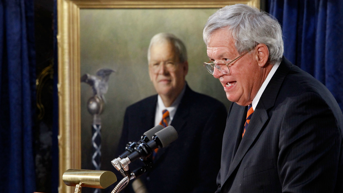 Former Speaker of the House Dennis Hastert of Illinois delivers remarks during the unveiling ceremony of his portrait at the U.S. Capitol July 28, 2009 in Washington, D.C.
