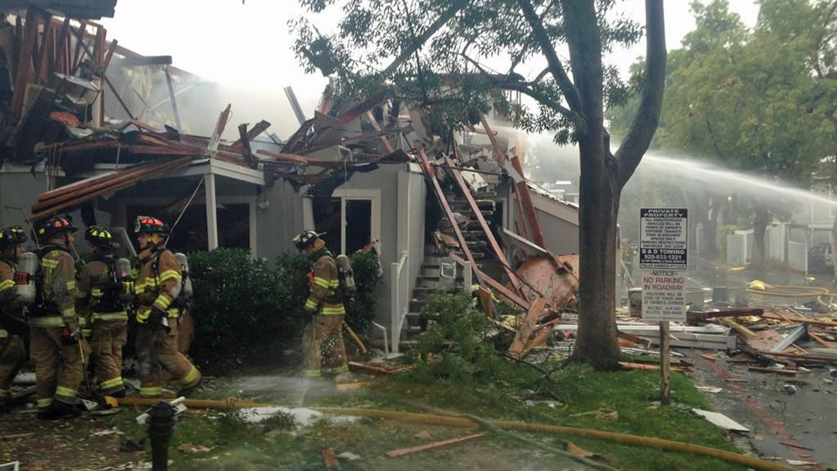 Fire crews battle fire and explosion reported about 10:05 a.m. at 1564 Sunnyvale Avenue. Oct. 31, 2014