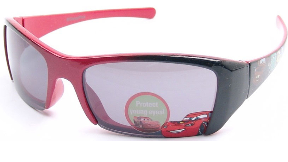 One of the styles of sunglasses that were recalled.