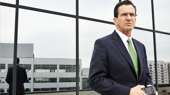Gov. Dannel Malloy attended the White House correspondents dinner and an elected official is saying it violated ethics law because People magazine paid for the trip.