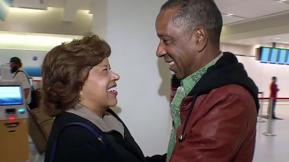 After decades apart, brother and sister Sarah Blanks and Roger Thompson see each other on Christmas morning at Dallas-Fort Worth International Airport .