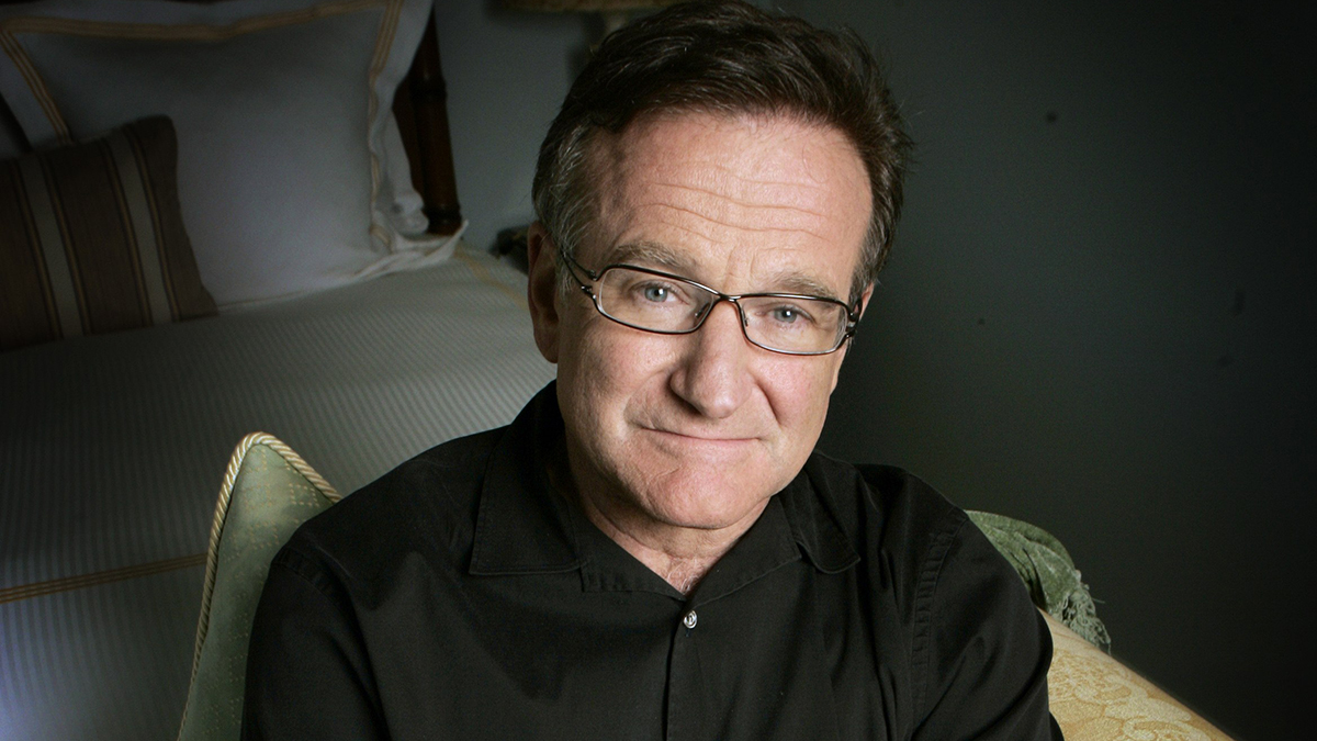 Actor and comedian Robin Williams poses during a press tour promoting his new movie