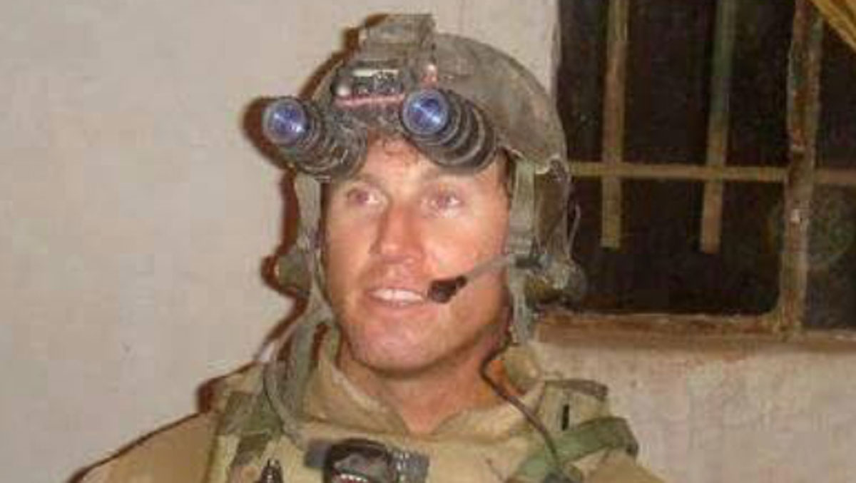 A photo of Senior Chief Petty Officer Scott C. Dayton
