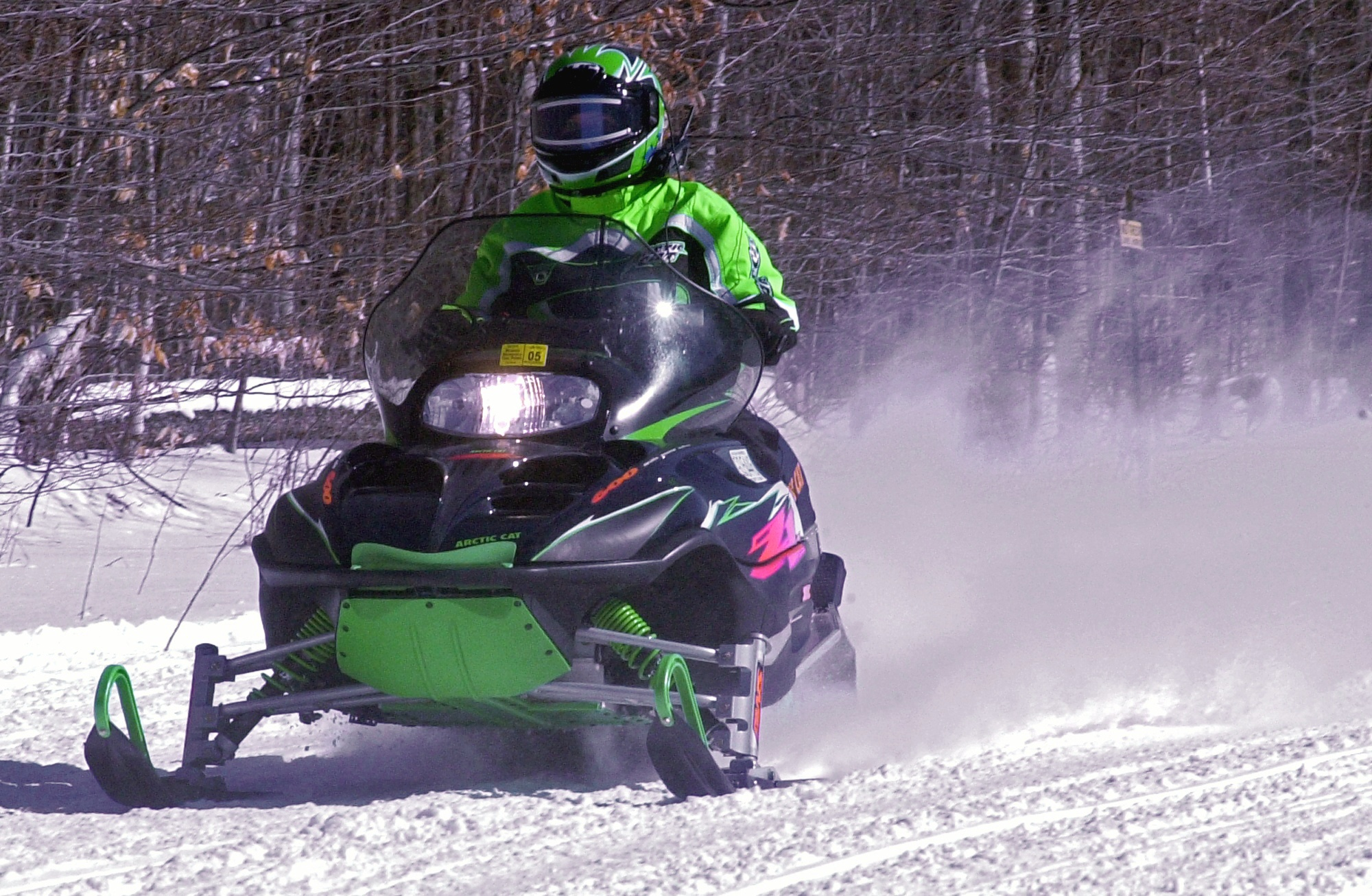 An accident involving 2 snowmobiles has ended in the death of a Connecticut mother.