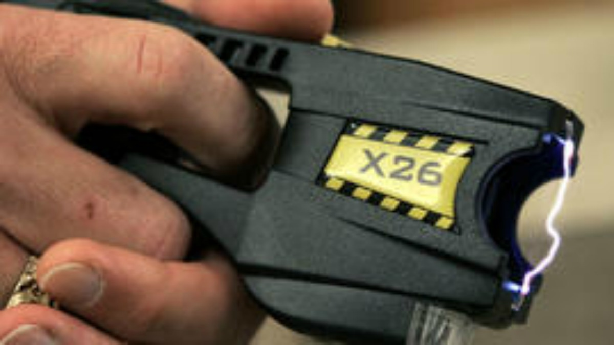 Connecticut police departments may have new regulations soon on reporting stun gun usage on the job.