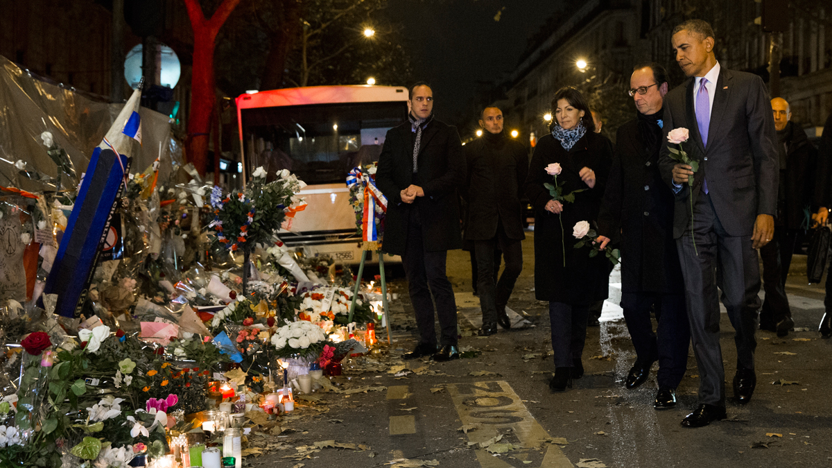 President Barack Obama at the Bataclan, site of one of the Paris terrorists attacks, to pay respects.