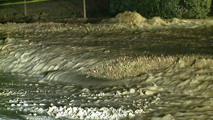 There is a water main break on Steele Road in West Hartford and traffic is down to one lane.