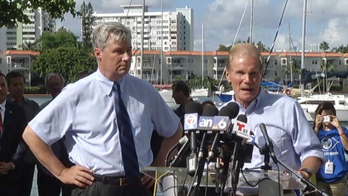 Senators Bill Nelson and Sheldon Whitehouse talk climate change on Miami Beach on 10/9/14.
